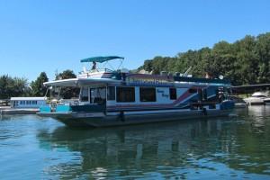 The Overboard Bikinis Houseboat!